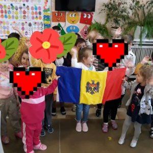 27 aprilie – Ziua drapelului de stat!